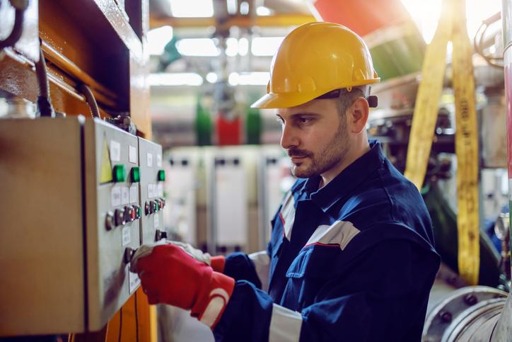 refineries maintenance services